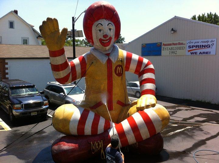 Ronald McDonald Gets a Bath